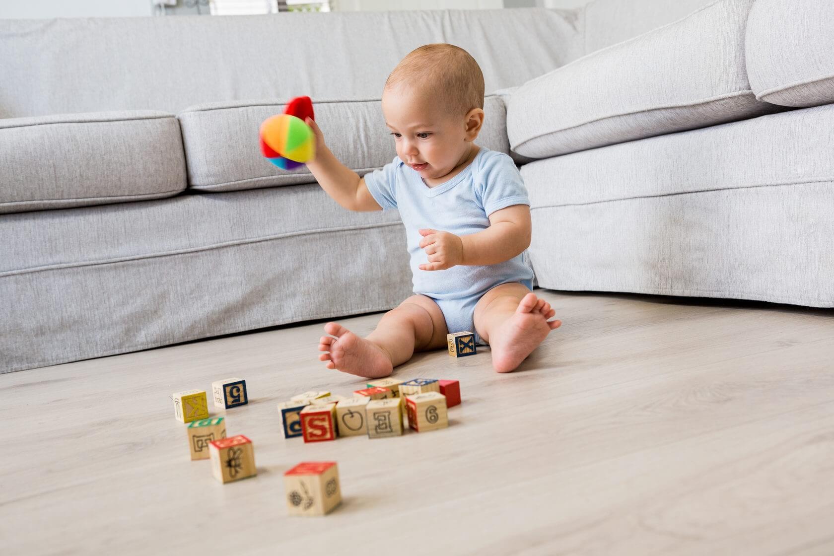 Игры для малыша в 7 месяцев