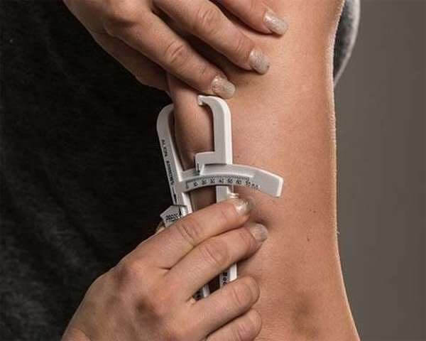 Измерение процента содержания жира в организме женщин
