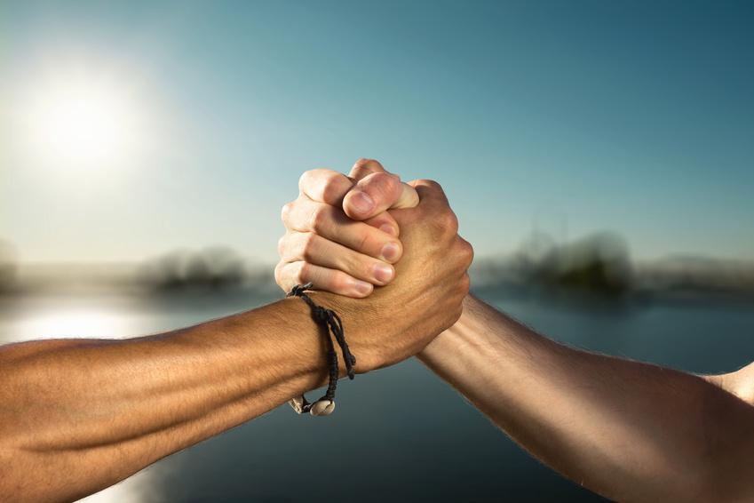 Рассчитать силу дружбы между людьми