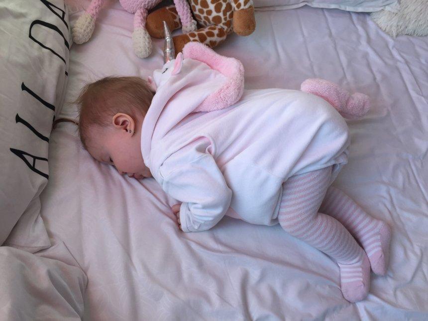 Сон малыша в 10 месяцев