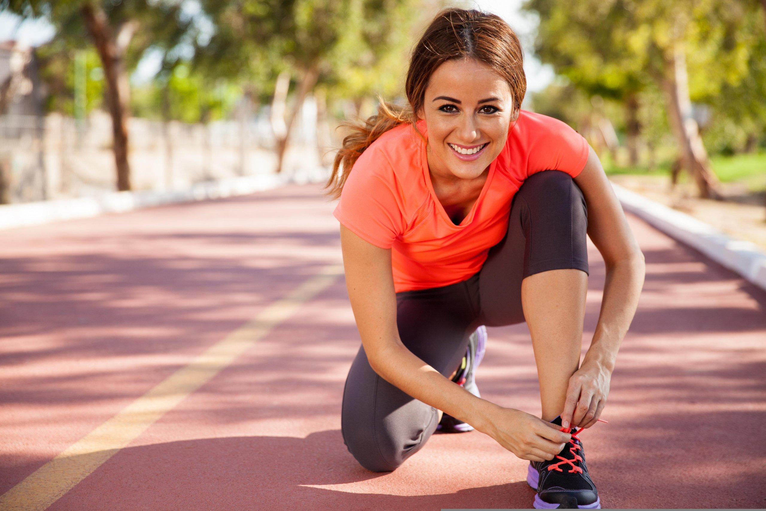 Занятие бегом, ходьбой, спортом для сжигания калорий